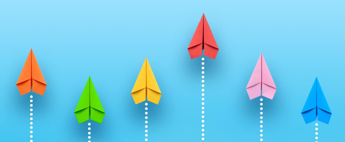 Paper airplanes racing - TraQline consumer behavior insight